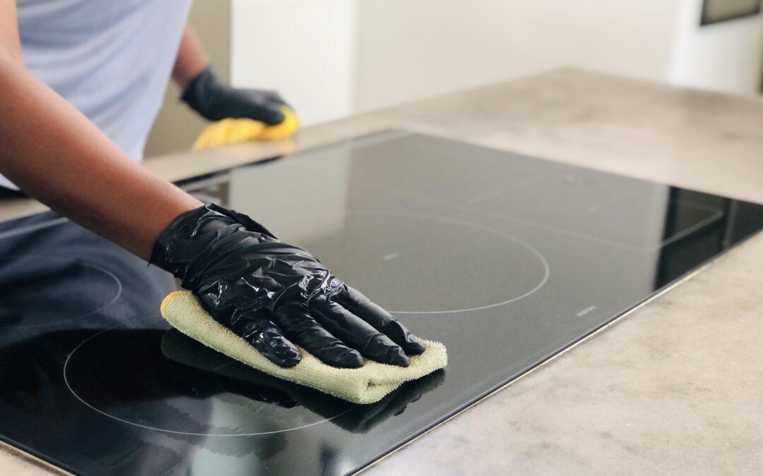 7 signalen dat het tijd is om een professionele schoonmaakster in te huren